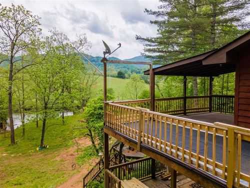 Photo of 232 SAM MCCLURE RD, Franklin, NC 28734 (MLS # 26019575)