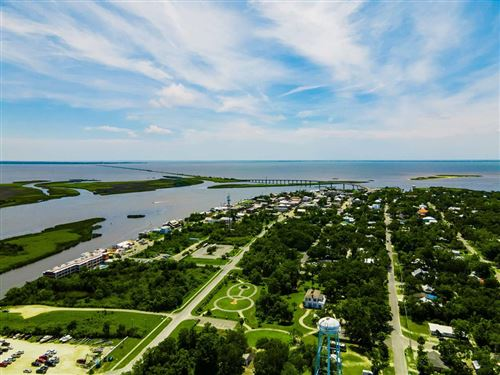 Photo of 240 8TH ST, Apalachicola, FL 32320 (MLS # 305091)
