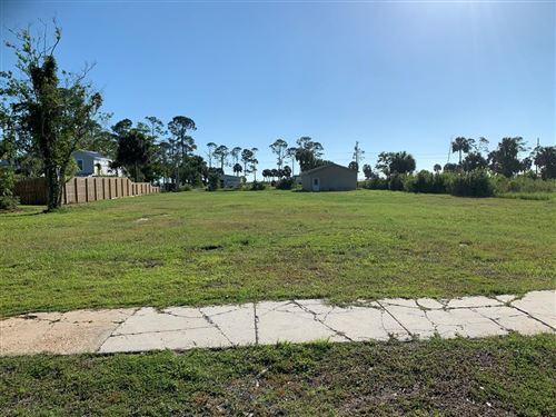 Photo of 1406 MONUMENT AVE, Port Saint Joe, FL 32456 (MLS # 308129)