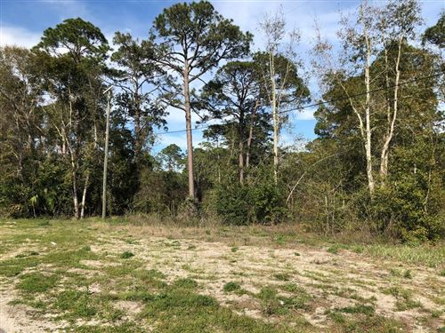 Photo of 712 6TH ST, Carrabelle, FL 32322 (MLS # 304135)