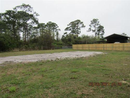 Photo of 807 NE 3RD ST, Carrabelle, FL 32322 (MLS # 307343)