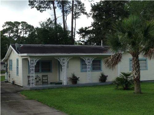 Photo of 512 9TH ST, Port Saint Joe, FL 32456 (MLS # 305375)
