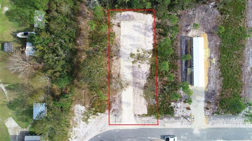 Photo of 205 SHADY GROVE LN, Port Saint Joe, FL 32456 (MLS # 303389)
