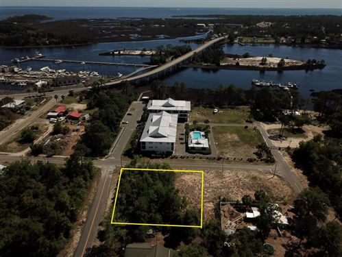 Photo of 301 NW 12TH ST, Carrabelle, FL 32322 (MLS # 307455)