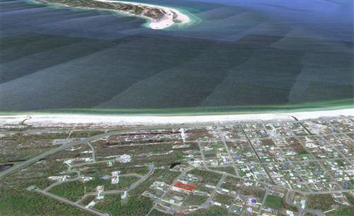 Photo of 113 HIDDEN RIDGE RD, Port Saint Joe, FL 32456 (MLS # 306658)