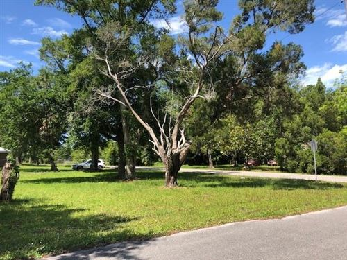 Photo of 158 13TH ST, Apalachicola, FL 32320 (MLS # 307750)
