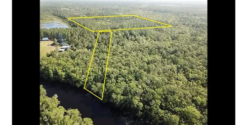 Photo of 540 HICKORY HAMMOCK RD, Carrabelle, FL 32322 (MLS # 307784)