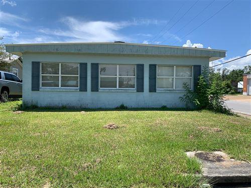 Photo of 108 N 2ND ST, Wewahitchka, FL 32465 (MLS # 305825)