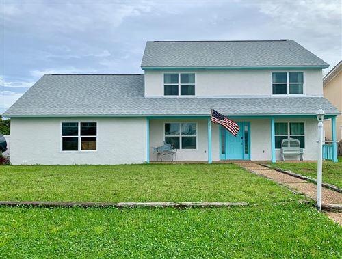 Photo of 108 PERIWINKLE DR, Port Saint Joe, FL 32456 (MLS # 305848)