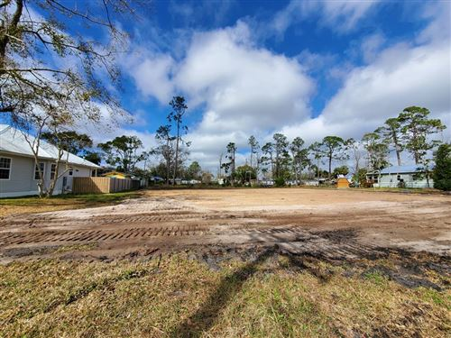 Photo of 403 16TH ST, Port Saint Joe, FL 32456 (MLS # 306918)