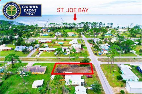 Photo of 302 16TH ST, Port Saint Joe, FL 32456 (MLS # 305940)