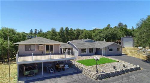 Photo of 41048 Harmony Lane, Oakhurst, CA 93644 (MLS # 544004)