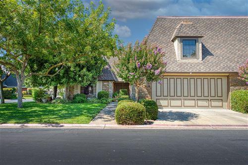 Photo of 2828 W Compton Court, Fresno, CA 93711 (MLS # 564017)