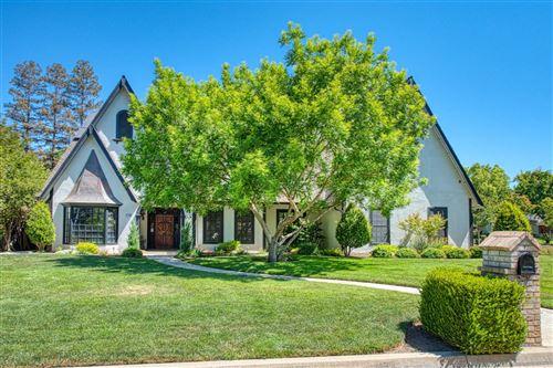 Photo of 2746 W Cromwell Avenue, Fresno, CA 93711 (MLS # 561018)