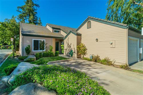 Photo of 474 E Alluvial Avenue #178, Fresno, CA 93720 (MLS # 561019)