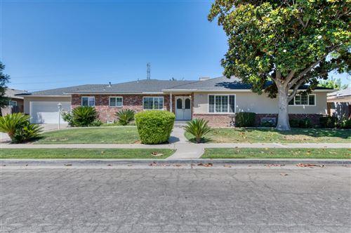 Photo of 6511 N Flora Avenue, Fresno, CA 93710 (MLS # 561038)
