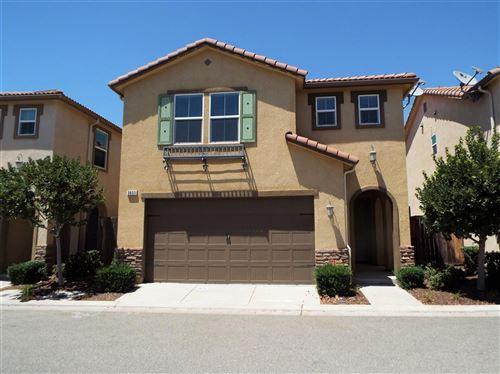 Photo of 3653 Elevations Way, Clovis, CA 93619 (MLS # 544050)