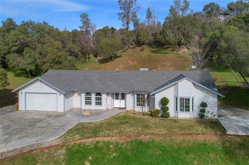 Photo of 47477 Veater Ranch Road, Coarsegold, CA 93614 (MLS # 536061)