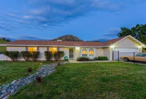 Photo of 5936 Lupine Drive, Sanger, CA 93657 (MLS # 539073)