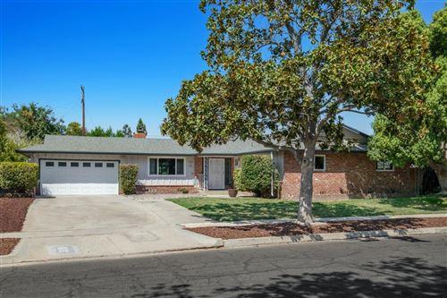 Photo of 724 W Santa Ana Avenue, Fresno, CA 93705 (MLS # 566077)