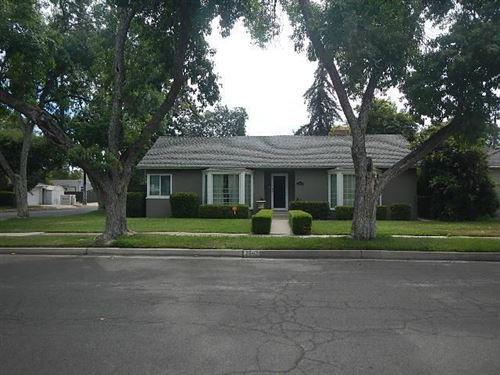 Photo of 2942 N Farris Avenue, Fresno, CA 93704 (MLS # 561089)