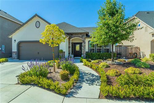 Photo of 4176 Alamos Avenue, Clovis, CA 93619 (MLS # 561099)