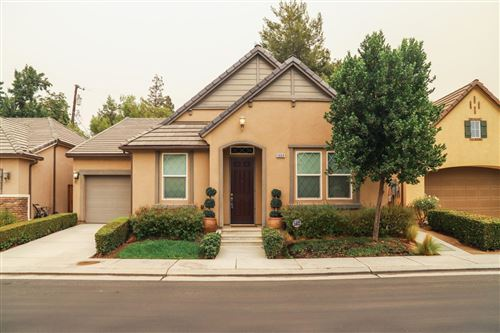 Photo of 5668 N Romeo Lane, Fresno, CA 93711 (MLS # 548100)