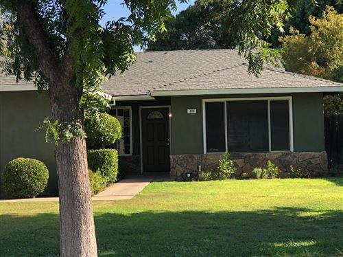 Photo of 270 W Paul Avenue, Fresno, CA 93704 (MLS # 542101)