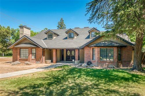 Photo of 1582 W San Jose Avenue, Fresno, CA 93711 (MLS # 560110)