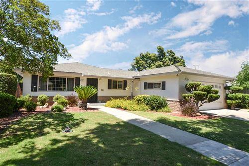 Photo of 3351 E Farrin Avenue, Fresno, CA 93726 (MLS # 544138)