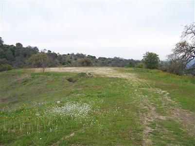 Photo of 23710 Loper Valley Road, Prather, CA 93651 (MLS # 563140)