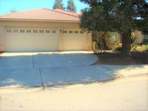 Photo of 2572 E Portland Avenue, Fresno, CA 93720 (MLS # 544146)