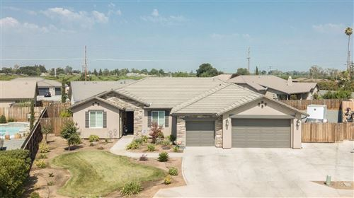 Photo of 2167 Kimberly Place, Porterville, CA 93257 (MLS # 563149)