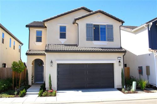 Photo of 6233 E Bibi Drive, Fresno, CA 93727 (MLS # 544154)
