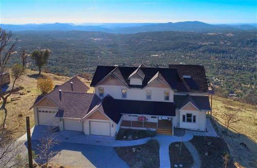 Photo of 33121 Cascadel Heights Drive, North Fork, CA 93643 (MLS # 563155)