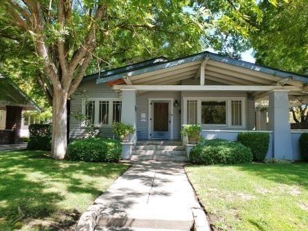 Photo of 735 E Normal Avenue, Fresno, CA 93704 (MLS # 546156)