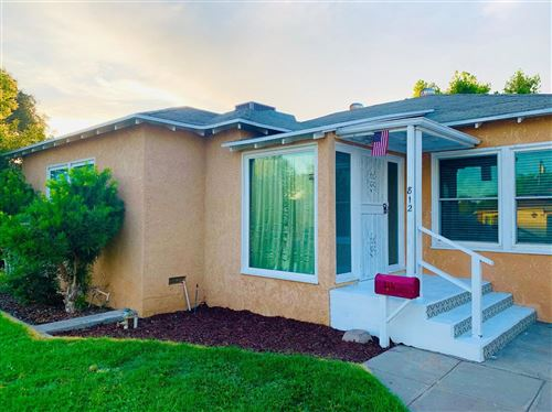 Photo of 812 W Pine Avenue, Fresno, CA 93728 (MLS # 544158)