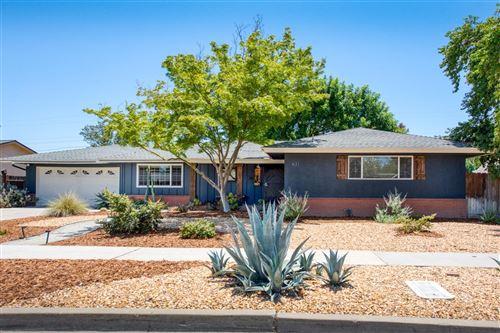 Photo of 631 W SANTA ANA AVE, Fresno, CA 93705 (MLS # 544159)