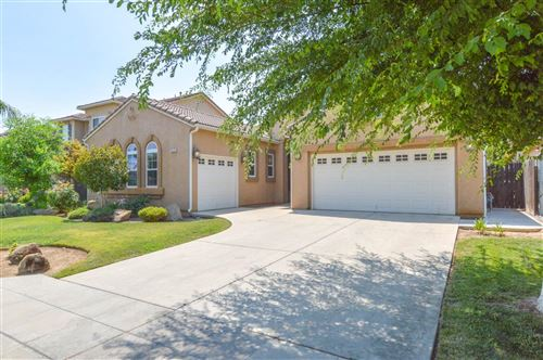 Photo of 8573 N Richelle Avenue, Fresno, CA 93720 (MLS # 563160)