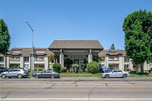 Photo of 4919 N Millbrook Avenue #121, Fresno, CA 93726 (MLS # 544161)