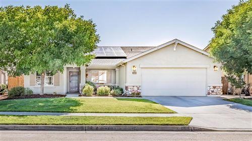 Photo of 3684 N Burl Avenue, Fresno, CA 93727 (MLS # 546161)