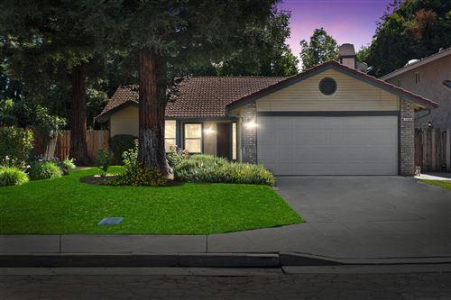 Photo of 7740 N Spalding Avenue, Fresno, CA 93720 (MLS # 546177)