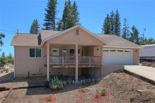 Photo of 52936 Pine Drive, Oakhurst, CA 93644 (MLS # 543179)
