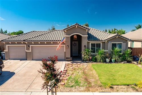 Photo of 15713 W San Joaquin Avenue, Kerman, CA 93630 (MLS # 563184)