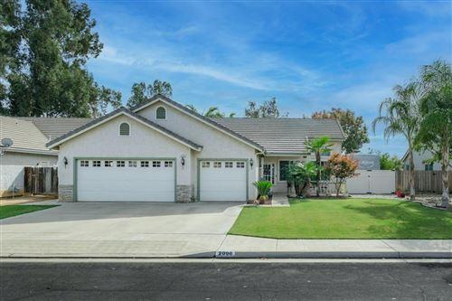 Photo of 2096 Bedford Avenue, Clovis, CA 93611 (MLS # 568186)