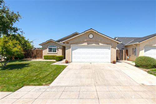 Photo of 2380 S Sabre Avenue, Fresno, CA 93727 (MLS # 544193)