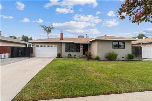 Photo of 4422 E Ashcroft Avenue, Fresno, CA 93726 (MLS # 548195)