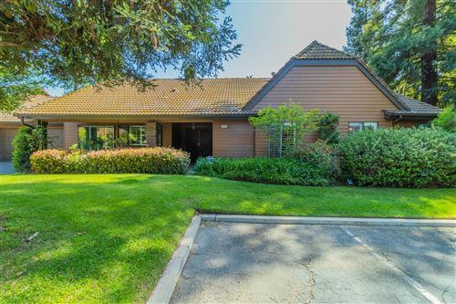 Photo of 2071 W Barstow Avenue, Fresno, CA 93711 (MLS # 557199)