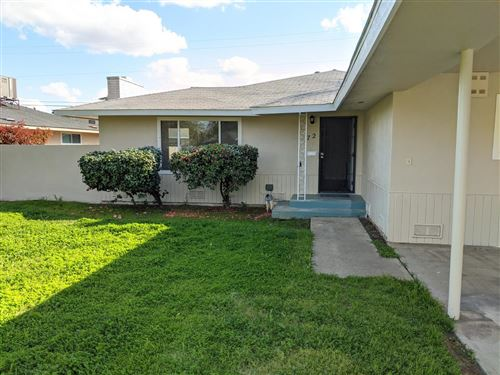 Photo of 72 E Griffith Way, Fresno, CA 93704 (MLS # 546201)