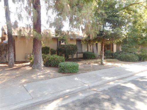 Photo of 130 W 9th Street, Clovis, CA 93612 (MLS # 546211)